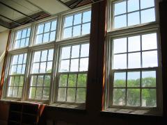 Американские окна гильятинного типа