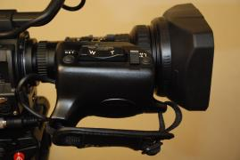 Professional HDV camcorder new JVC GY-HD200E