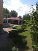 Сдаю посуточно и на лето дом в Киеве на Десне